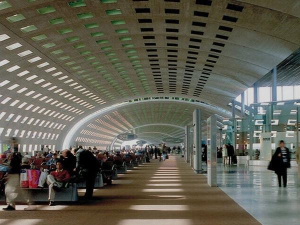 Terminal 2E de l'aéroport Charles de Gaulle